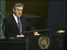 ایران هشدار بریتانیا و فرانسه علیه برنامه اتمی خود را رد کرد