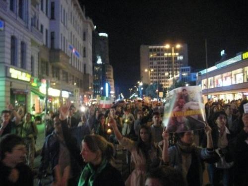 تظاهرات ایرانیان در برلین در اعتراض به سفر احمدی نژاد به نیویورک