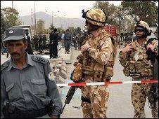 انفجار انتحاری در نزدیکی پایگاه ناتو در کابل