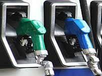 میانگین مصرف بنزین کشور به مرز 50 میلیون لیتر در روز فرو نشست
