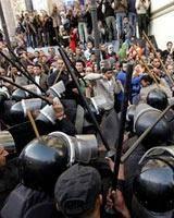 هزاران نفر از مردم قاهره بسوی میدان تحریر قاهره در حرکتاند