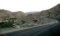 جاده چالوس از مرزن آباد به كرج يك طرفه شد