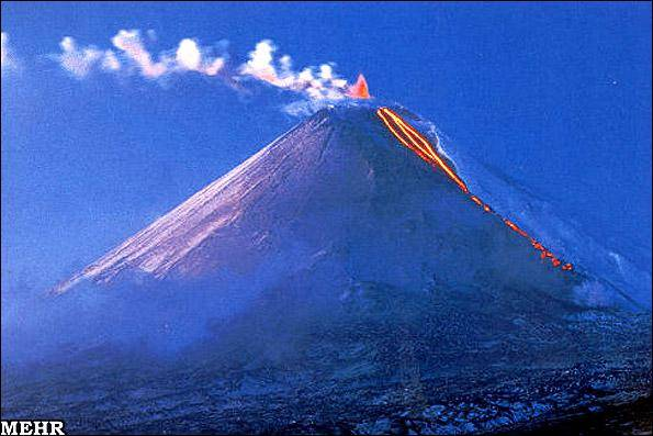 فوران مرتفع ترین آتشفشان اورآسیا +عکس