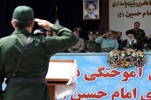 گزارش تصویری / حضور رهبر معظم انقلاب در دانشگاه افسری امام حسین(ع)