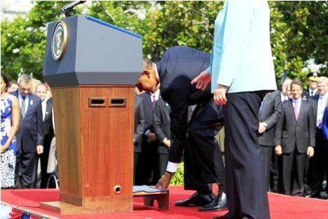 عکس/ اوباما و چهارپایه آنگلا مرکل!