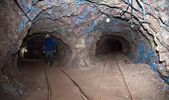 اجاره 25 ساله معدن فیروزه با 180 میلیون تومان!