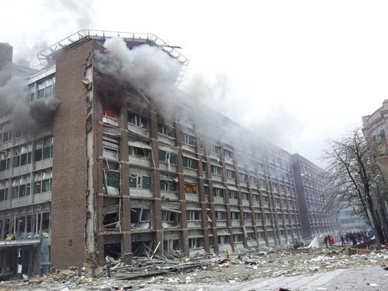 انفجار مهيت در ساختمان دولتي نروژ (عكس)