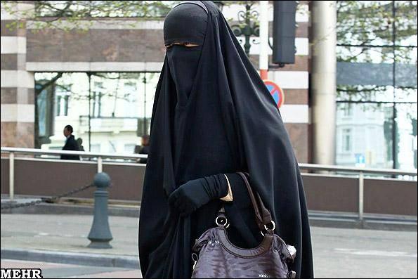 طرح اولیه ممنوعیت روبنده و برقع در ایتالیا تصویب شد