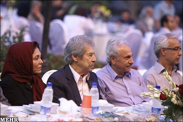 تصاویر/ بازیگران میهمان سفره افطار وزیر ارشاد