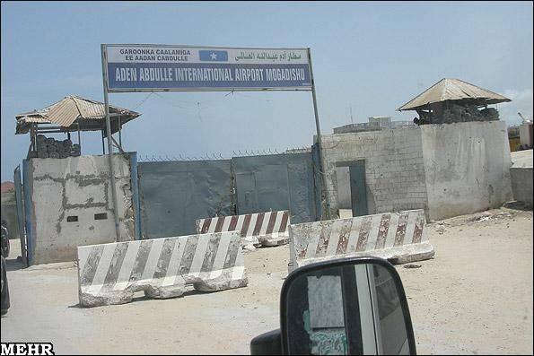نخست وزیر سومالی با تانک به دیدار صالحی آمد!
