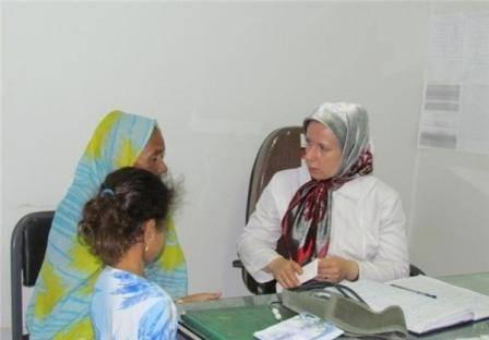 پزشك زن روسی در روستاهای ایران+عكس