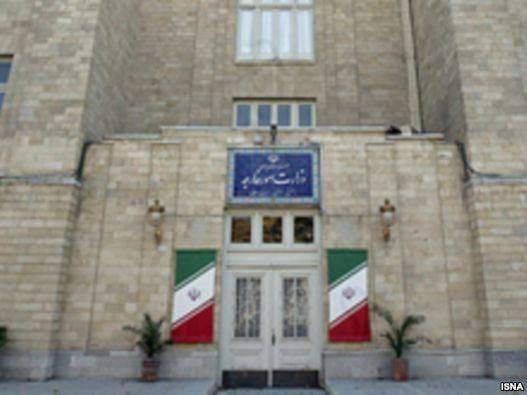 ايران کاردار سفارت بحرين را به وزارت خارجه احضار کرد