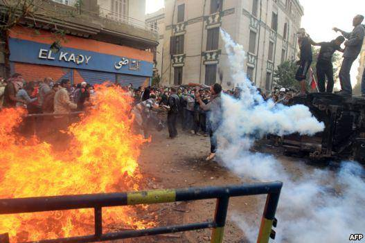 افزايش شمار تلفات نا آرامی های ميدان التحرير؛ دولت مصر استعفا کرد