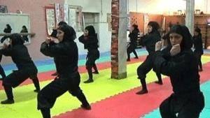 """رویترز: 3 هزار زن """"نینجا"""" آماده دفاع از ایران (۱۱ نظر)"""
