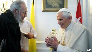پاپ با فيدل کاسترو ديدار کرد
