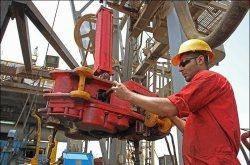 توسعه میدان نفتی سومار به خاتم الاوصیا سپرده شد