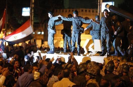 مخالفان همه پرسی قانون اساسی در مصر را تحریم می کنند