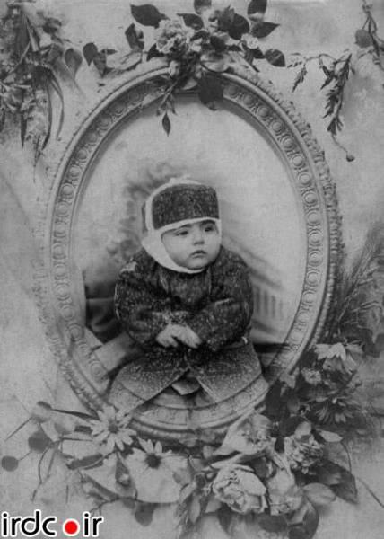 عکس / احمدشاه قاجار در دوران نوزادی