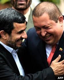 انتقاد از اظهارات احمدینژاد در سوگ چاوز: زیاده روی بود