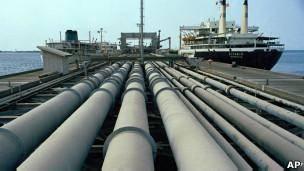 وزیر نفت ایران: در حال مذاکره برای صادرات نفت به کره شمالی هستیم