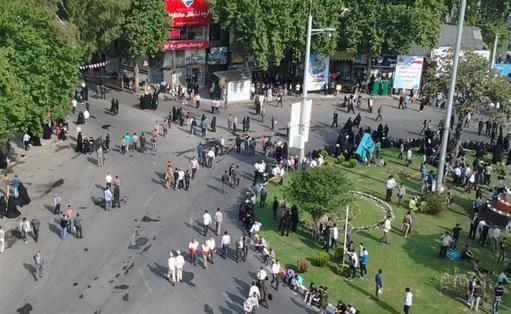 سخنان احمدی نژاد با ۴ ساعت تاخیر: انتخابات ایران بین المللی است/ هر کس با همسرش دعوا می کند می گوید یارانه را بردارید