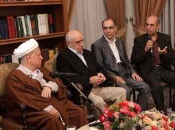 هاشمی:توسل به دروغ برای مطامع گروهی ظلم به انقلاب است