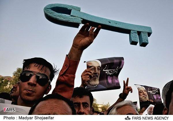 عکس/ رونمایی از 2 کلید جدید روحانی