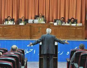 ادامه مصونیت برای محمدرضا رحیمی؛ صدور حکم برای ۱۲ متهم اختلاس از بیمه ایران