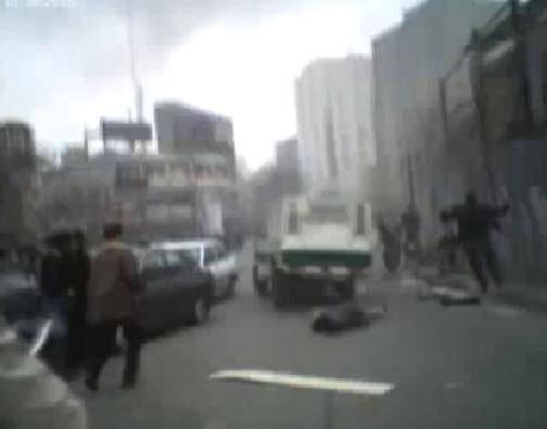 اعتراف احمدی مقدم پس از ۴ سال: ماشین نیروی انتظامی از روی شهروندان رد شد