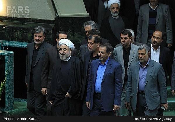 همراهان امروز روحانی در مجلس/عکس