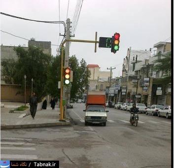 نگاه شما: شوخی چراغ راهنمایی با رانندگان!