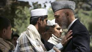 بازداشت یک دختر ده ساله قبل از حمله انتحاری در افغانستان