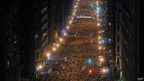 راهپیمایی بزرگ در اسپانیا در حمایت از زندانیان جداییطلب