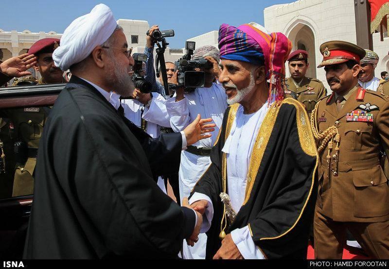 عکس/استقبال سلطان قابوس از روحانی