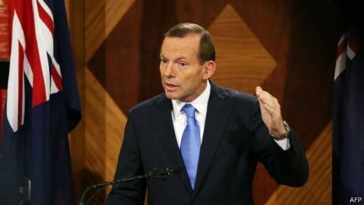 نخست وزیر استرالیا از اعلام مشاهده 'قطعات احتمالی' هواپیمای مالزیایی دفاع کرد عملیات جستجو برای هواپیمای مالزیایی از سر گرفته شد<dc:title />