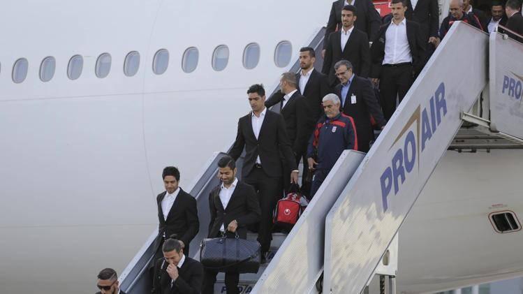گزارش تصويري از ورود تيم ملي به فرودگاه سائوپائولو