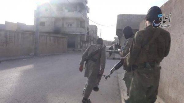 اولین تصاویر داعش از داخل شهر کوبانی