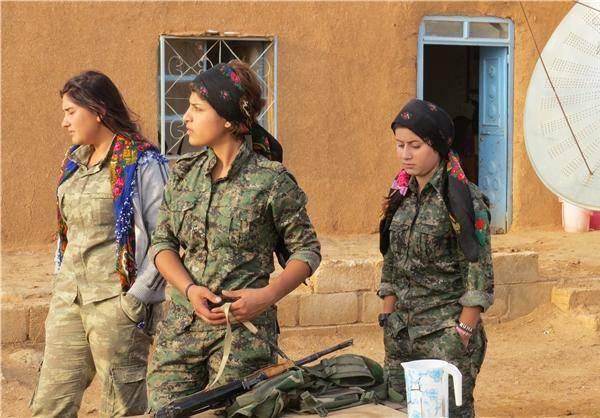 زنان مبارز کُرد در خط مقدم/تصاویر