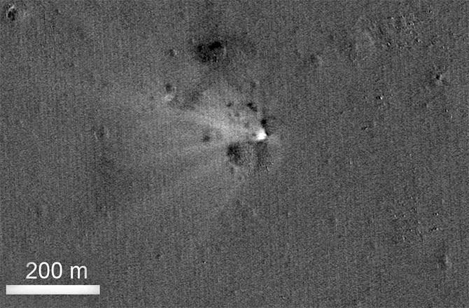 ماهواره LADEE روی ماه سقوط کرد