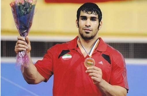 خودکشی قهرمان کشتی بازیهای آسیایی در زندان