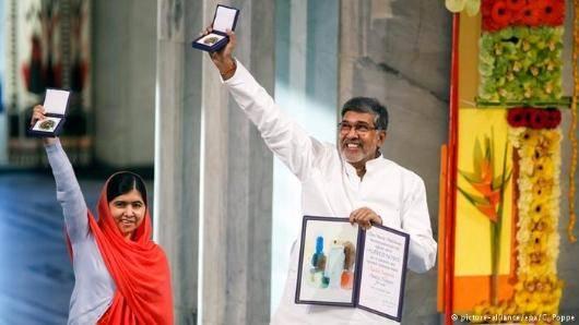 جایزه نوبل صلح روز چهارشنبه ۱۰ دسامبر در اسلو به ملاله یوسفزی، دختر ۱۷ ساله پاکستانی و کایلاش ساتیارتی، فعال حقوق کودکان هند اهدا شد