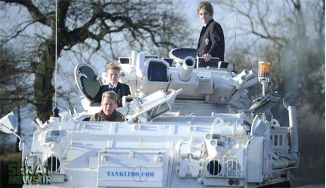 رفتن به مدرسه با تانک!/عکس