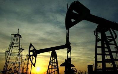 اشپيگل آنلاين: بهای نفت افزايش نمی يابد