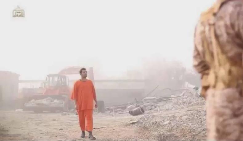شبه نظامیان دولت اسلامی (داعش) ویدیوی 'سوزاندن خلبان اردنی' را منتشر کرد + عکس