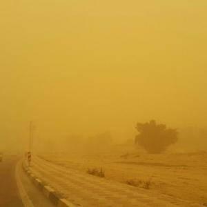 موج گرد وغبار و ریزگرد به آذربایجان غربی رسید، مدارس تعطیل شد