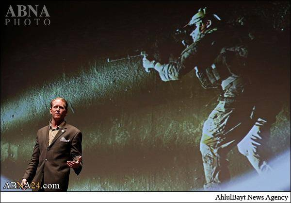 قاتل بن لادن تحلیگر فاکسنیوز شد/تصاویر