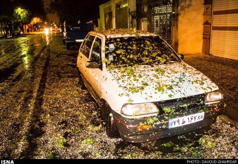 عکس/ بارش شدید شبانه تگرگ در تهران