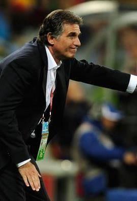 ناکامی، شکست، استعفا/ مرد پرتغالی چه سودی برای فوتبال ایران داشته است؟