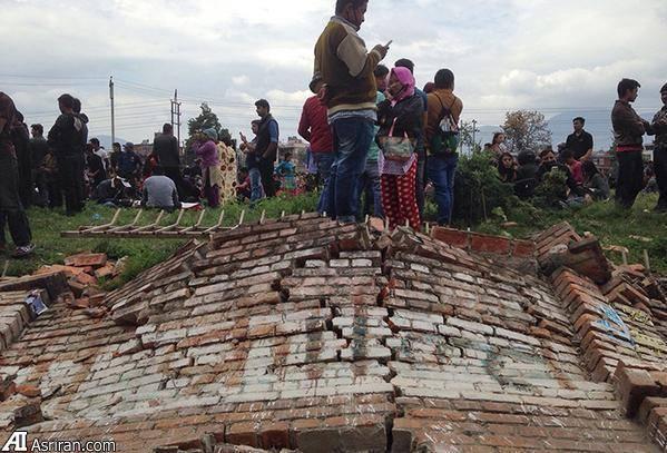 زلزله 7.8 ریشتری نپال: 970 کشته تا این لحظه (+عکس)