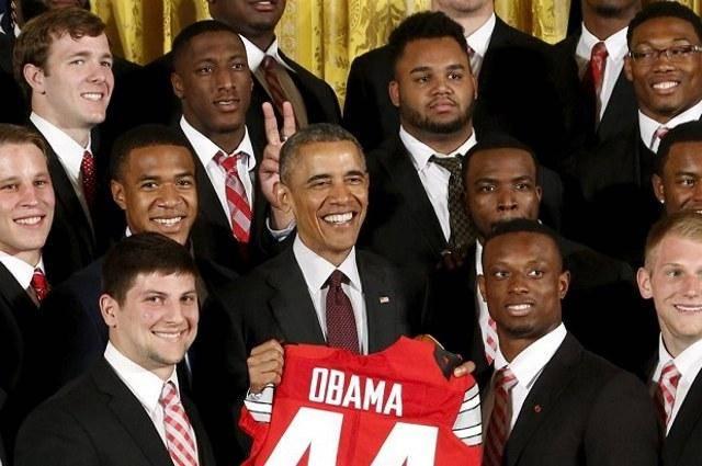 شاخ گذاشتن برای باراک اوباما در عکس یادگاری! (تصویر)